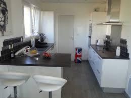 cuisine blanche plan de travail noir cuisine avec plan de travail noir inspirations avec cuisine