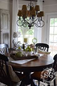 Dining Room Table Decorations by Dining Room Classic Chandelier Completing Old Fashioned Dining