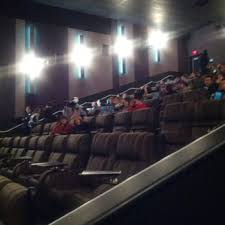 cineplex queensway cineplex odeon queensway 76 photos 83 reviews cinema 1025