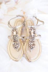 chaussures plates mariage les 25 meilleures idées de la catégorie sandales plates pour
