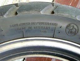 chambre a aire moto que faire en cas de crevaison d un pneu de sa moto