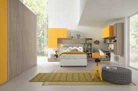 ameublement chambre ameublement chambre ado en bois clair jaune mat et blanc junior