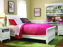 Contemporary Green Vs Modern Pink Small Bathroom Color Ideas  Idolza - Contemporary vs modern interior design