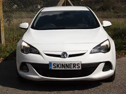 vauxhall white used 2016 vauxhall astra gtc limited edition ss 3dr for sale in