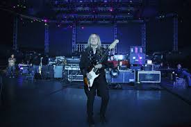 Hit The Floor Instrumental - how the trans siberian orchestra became a holiday hit machine wsj