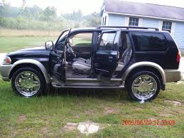 mitsubishi montero sport 1999 2001 mitsubishi montero sport information and photos zombiedrive