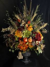 Fake Flower Centerpieces by 1565 Best Home Flower Arrangements Images On Pinterest Flower