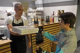livraison de repas au bureau actualité il y a un an des start up de la food tech se