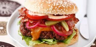 cuisiner un hamburger hamburger américain facile et pas cher recette sur cuisine actuelle