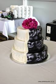 cheap wedding cake cakes batman wedding cake wedding cake publix wedding cakes