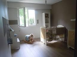 disposition de chambre décoration chambre bébé mansardée chaios com