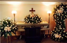 funeral flower etiquette cinderella flowers expressions of sympathy our sympathy agents