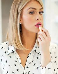 plus size bob haircut 17 best hair styles for plus size hairstyles images on pinterest
