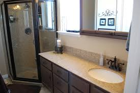 Remodeling Small Bathroom On A Budget Wonderful Small Bathrooms Makeover Smallbathroomvanity 5 L