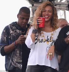 Kanye And Jay Z Meme - beyonce snubs kim kardashian at jay z and kanye west concert