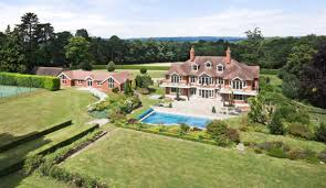 tom cruise mansion peter andre snaps up tom cruise s former sussex mansion zoopla
