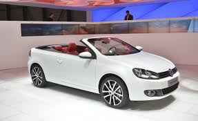 convertible volkswagen 2006 2012 volkswagen golf cabriolet debuts u2013 news u2013 car and driver