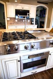 kitchen island with stove and seating kitchen island stove top biceptendontear