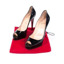 shop authentic christian louboutin new very prive pumps at re
