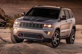 jeep grand cherokee trailhawk off road 2017 jeep grand cherokee trailhawk review first drive