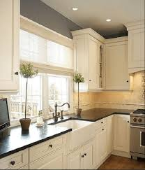 painting kitchen cabinets antique white glaze 25 best antique white kitchen cabinets diy paint