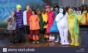 halloween city 2015 halloween 2015 good grief the u0027today u0027 show gang goes u0027peanuts