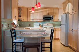 what color goes best with maple cabinets what color granite countertops go with light maple cabinets
