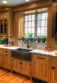 How To Paint Kitchen Countertops by Best 25 Dark Oak Cabinets Ideas On Pinterest Kitchen Tile