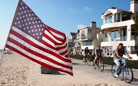 hermosa beach is the california town to visit on the fourth of