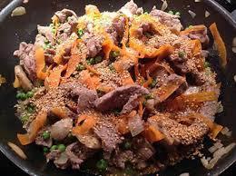 cuisiner dans un wok recette de wok de bœuf aux légumes croquants