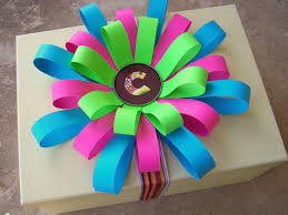 older and wisor how to make a loopy paper flower bow gift