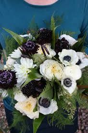 burgundy flowers wedding bouquet white flowers burgundy flowers dahlia bouquet
