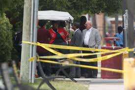 1 dead 1 wounded 2 detained in shooting near texas southern