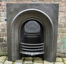 small victorian reclaimed arched cast iron fire grate original