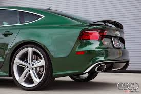 porsche dark green 2016 audi rs7 in verdant green looks like a bentley autoevolution