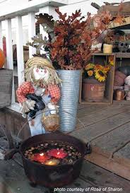Pictures Of Front Porches Decorated For Fall - autumn decorating ideas you will enjoy