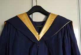 graduation toga peiyan photography i graduation gown 101