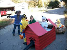 Snoopy Halloween Costumes Snoopy Woodstock Dog House Halloween Costumes