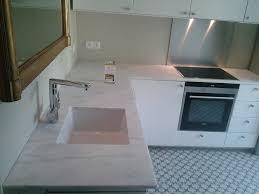 plan de travail cuisine marbre cuisine marbre blanc finest cuisine naturelle with cuisine marbre