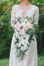 cascading bouquet cascading wedding bouquet