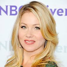 christina applegate hairstyles christina applegate s changing looks instyle com