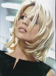 modele de coupe de cheveux mi modèle coiffure femme cheveux mi