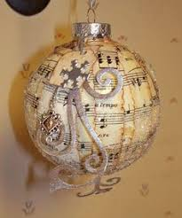 piano and gold notes ornament lol