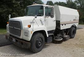1990 ford l7000 street sweeper truck item db7462 thursda