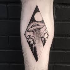 85 best alien ufo tattoo ideas images on pinterest alien tattoo