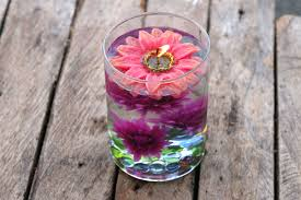 water centerpieces how to make centerpieces using distilled water and silk