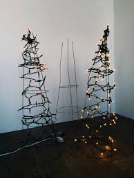 How To String Christmas Tree Lights by Tomato Cage Christmas Tree Diy Alternative Christmas Trees