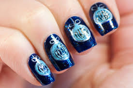 blue ornament nails may contain traces of