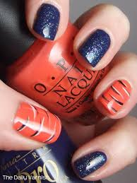 tiger stripe nail art perfect for tournament time neat new years