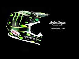 monster motocross helmets custom painting jeremy mcgrath s monster energy helmet troy lee